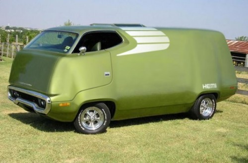 1971_plymouth_road_runner_van