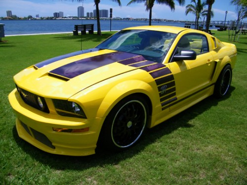 2006_Ford_Mustang_GT_SuperCar_01