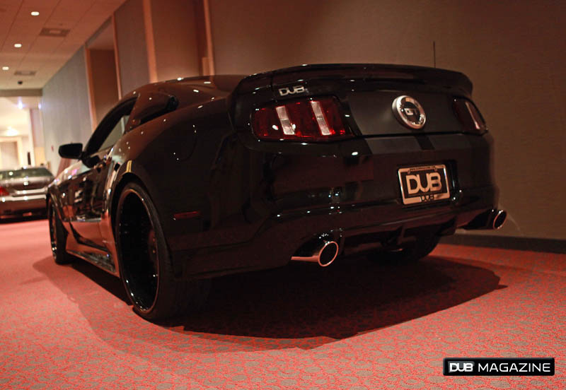 2011 Ford Mustang GT DUB Edition für Rapper Nelly