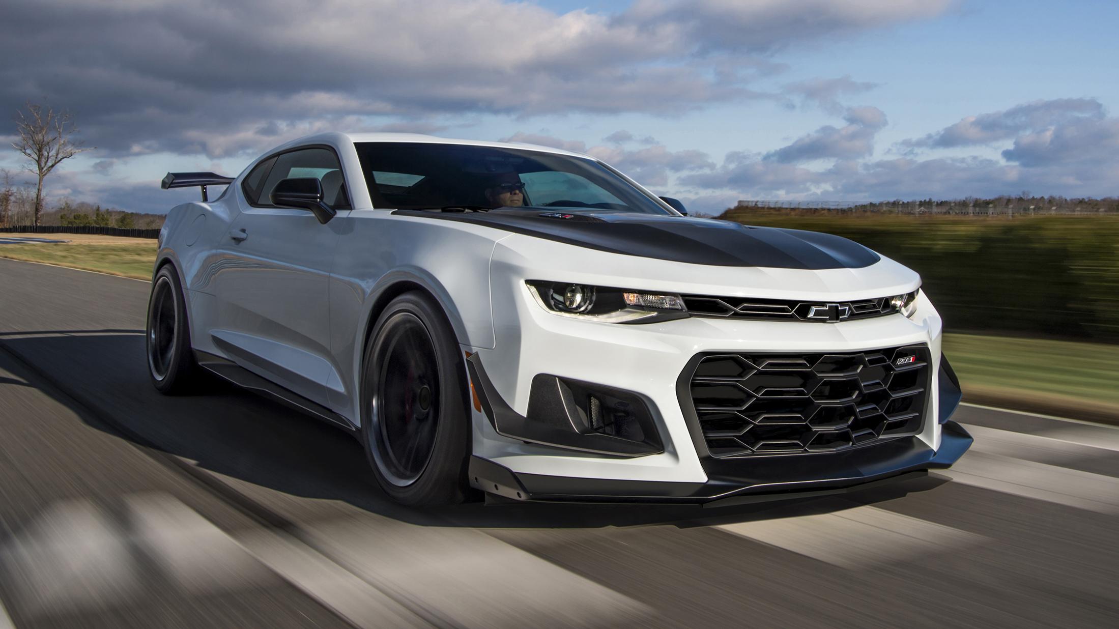 der 2018 chevrolet camaro zl1 1le – muscle cars